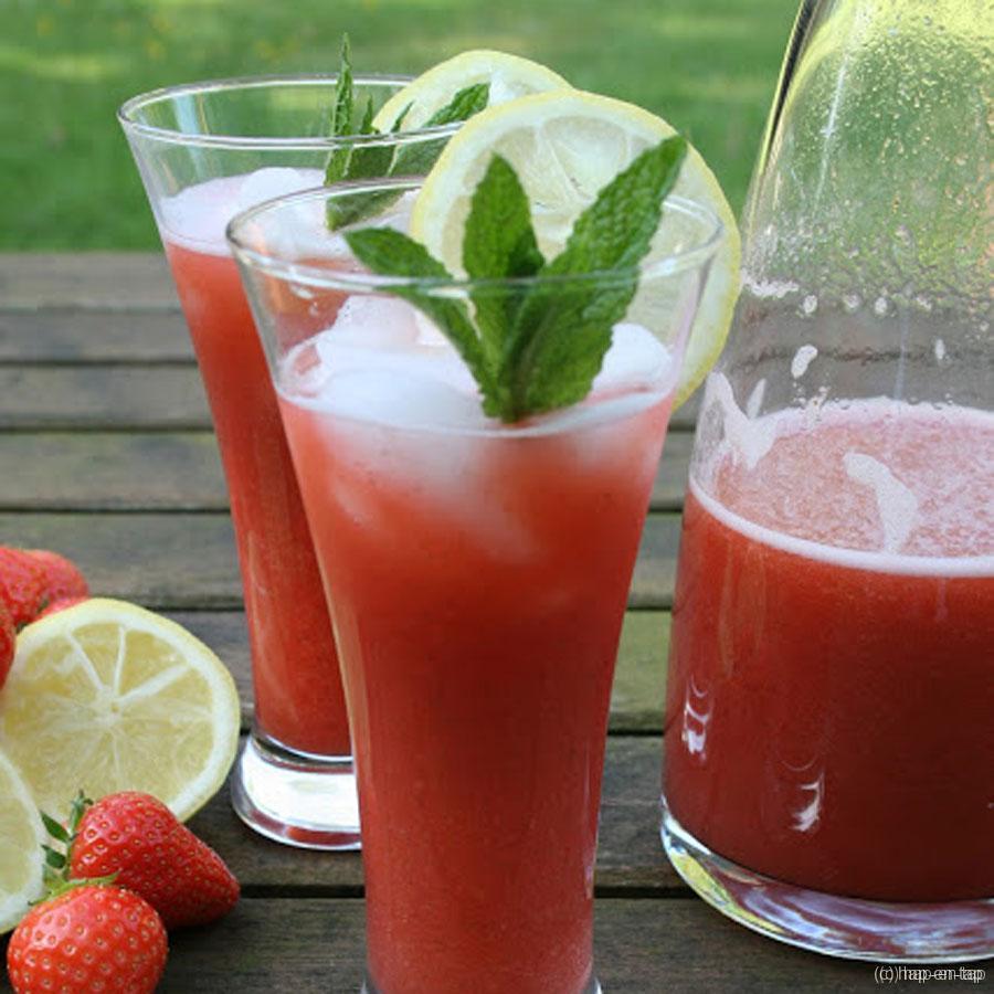 Verse aardbei munt limonade