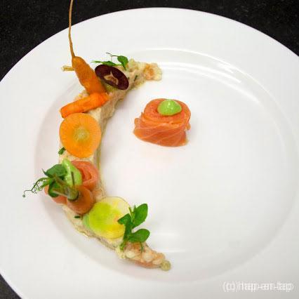 Couscous, gerookte zalm, basilicum, wortel en venkel