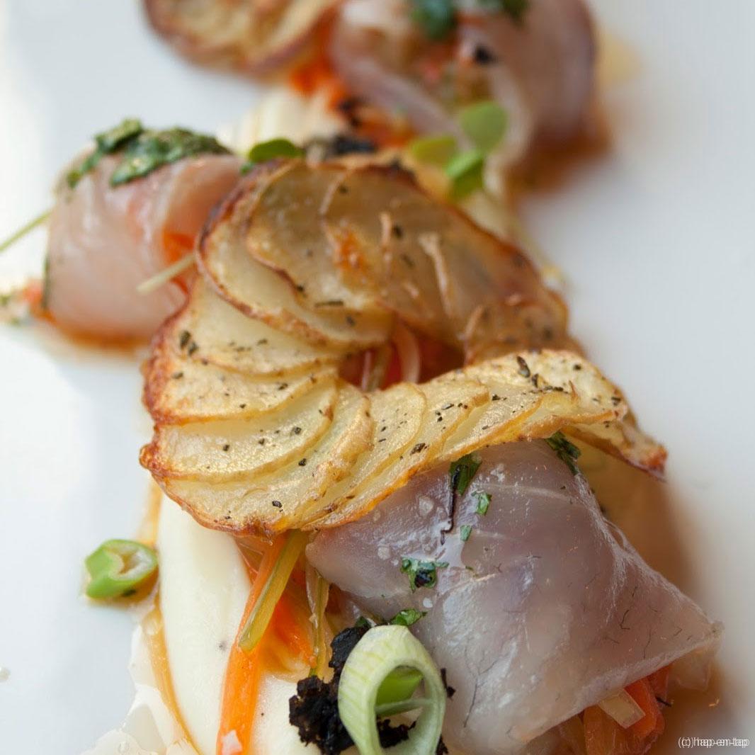 Cannelloni van zeebaars met gekonfijte aardappel en zomertruffel