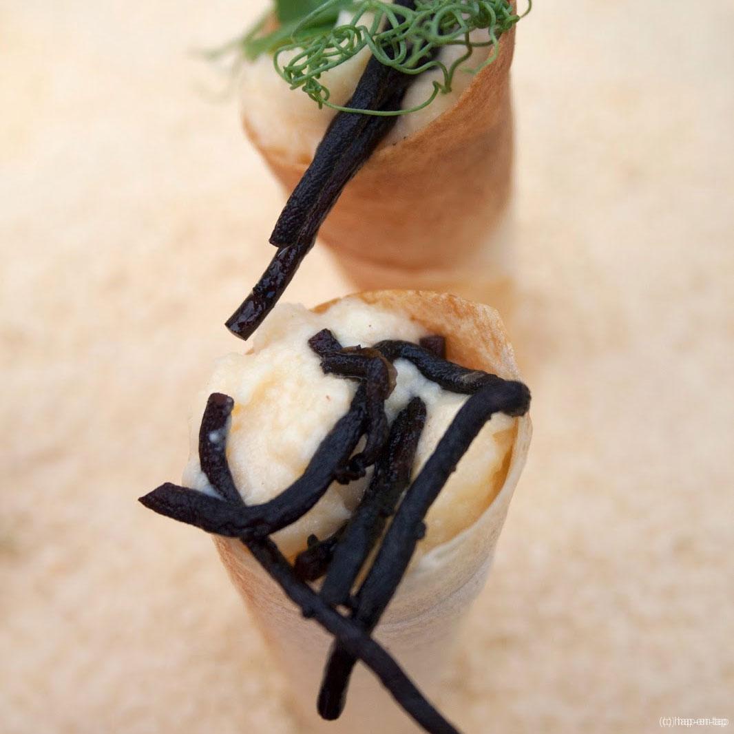 Hoorntje met gember-limoenroomijs, makreelmousse