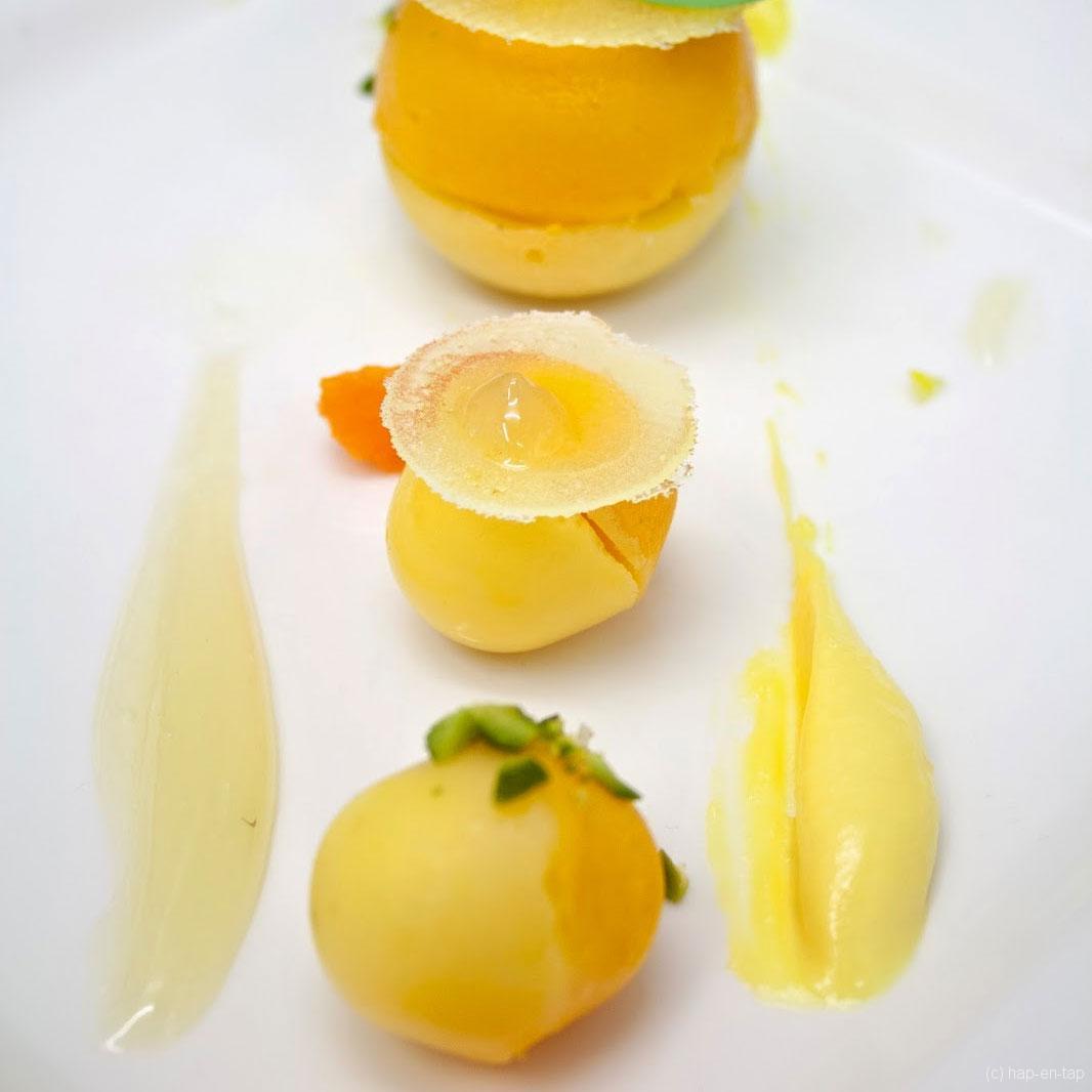 Limoenbol, mandarijn, krokant Napoleon, limoengel
