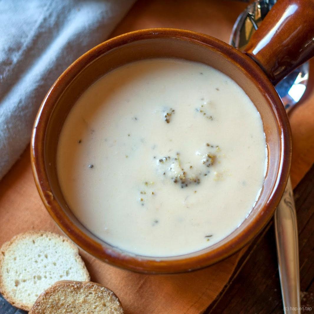 Langzame broccoli-kaas soep