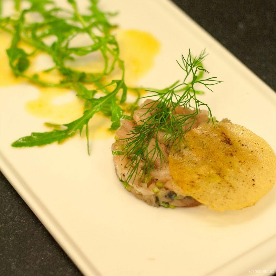 Tartaar van makreel, sinaas-sojavinaigrette