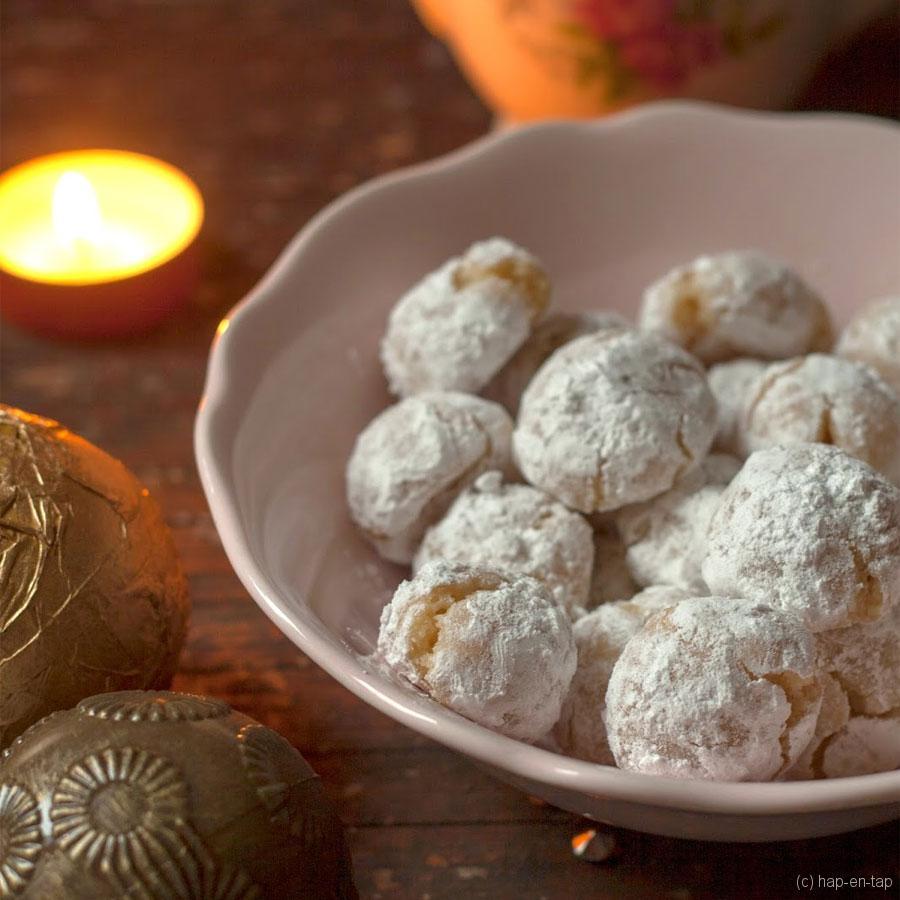 Kerstkoekjes: sneeuwballen met hazelnoot