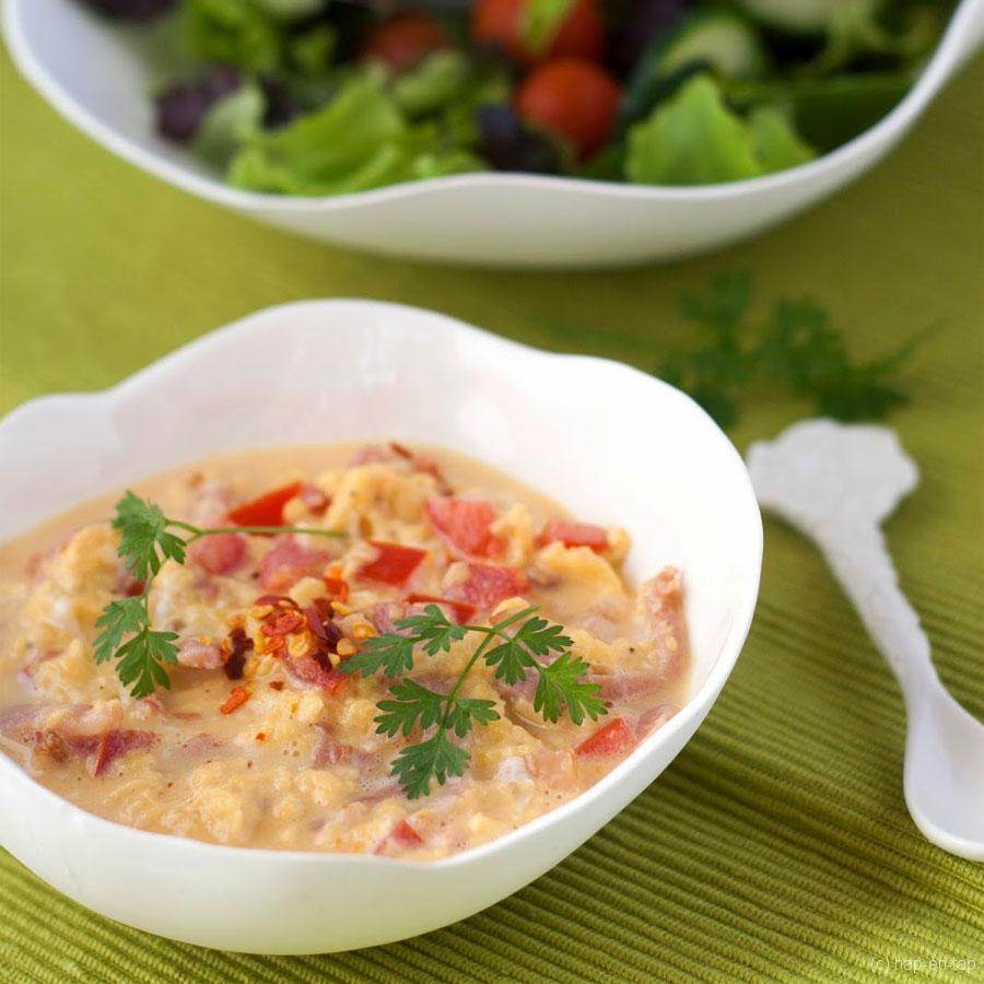 Roereieren met tomaat en spek – Knack Weekend #4
