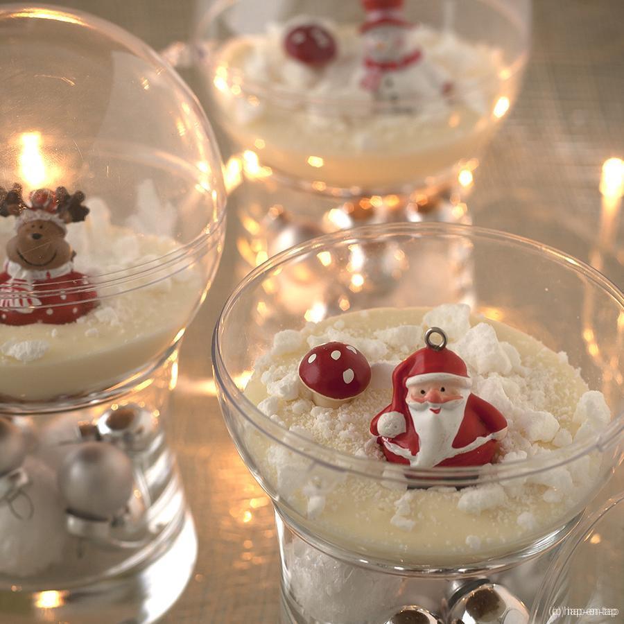 Kerstdessert met peer, speculaas en witte chocolademousse