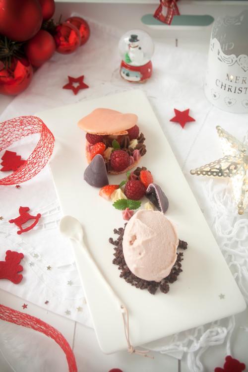 Macaron met rood fruit en mascarponecrème