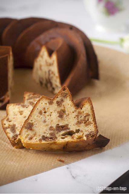 De beste bundtcake met speculaas en witte chocolade
