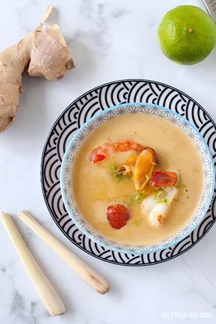 Thaise soep met zeevruchten en citroengras