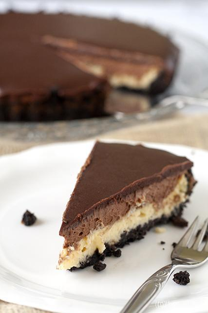 Chocolademousse cheesecake taart met Oreo bodem