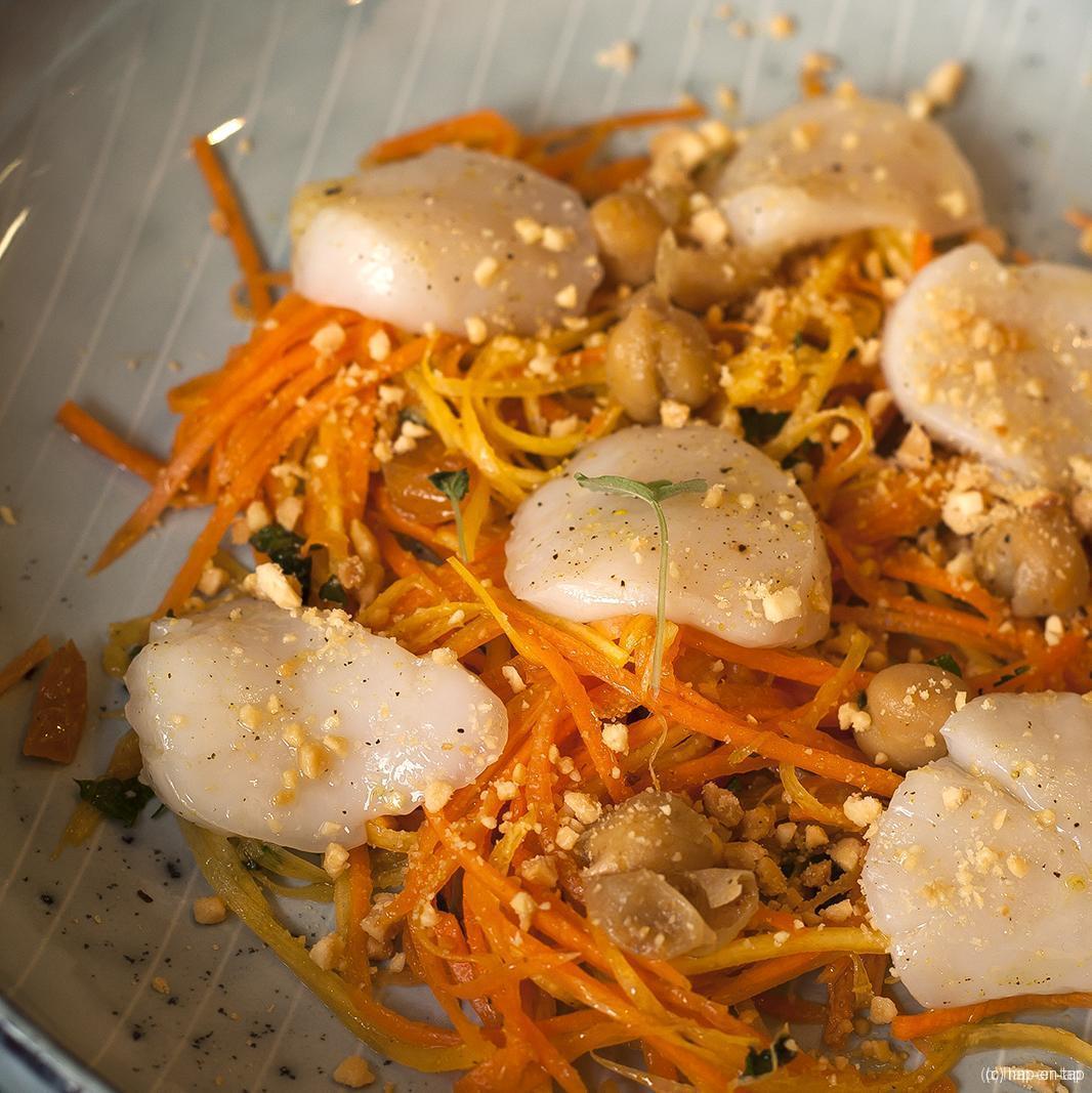 Marokkaanse wortelsalade met sint-jakobsnootjes