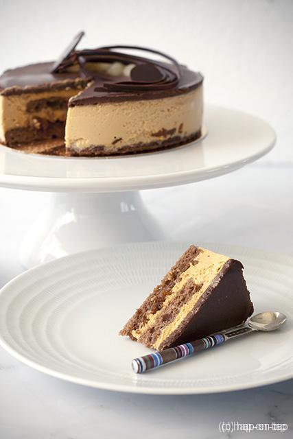 Perentaart met karamel en chocolade