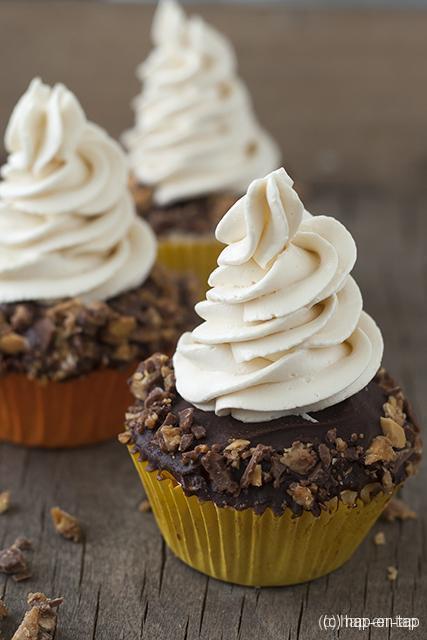 Cupcakes met karamelfrosting