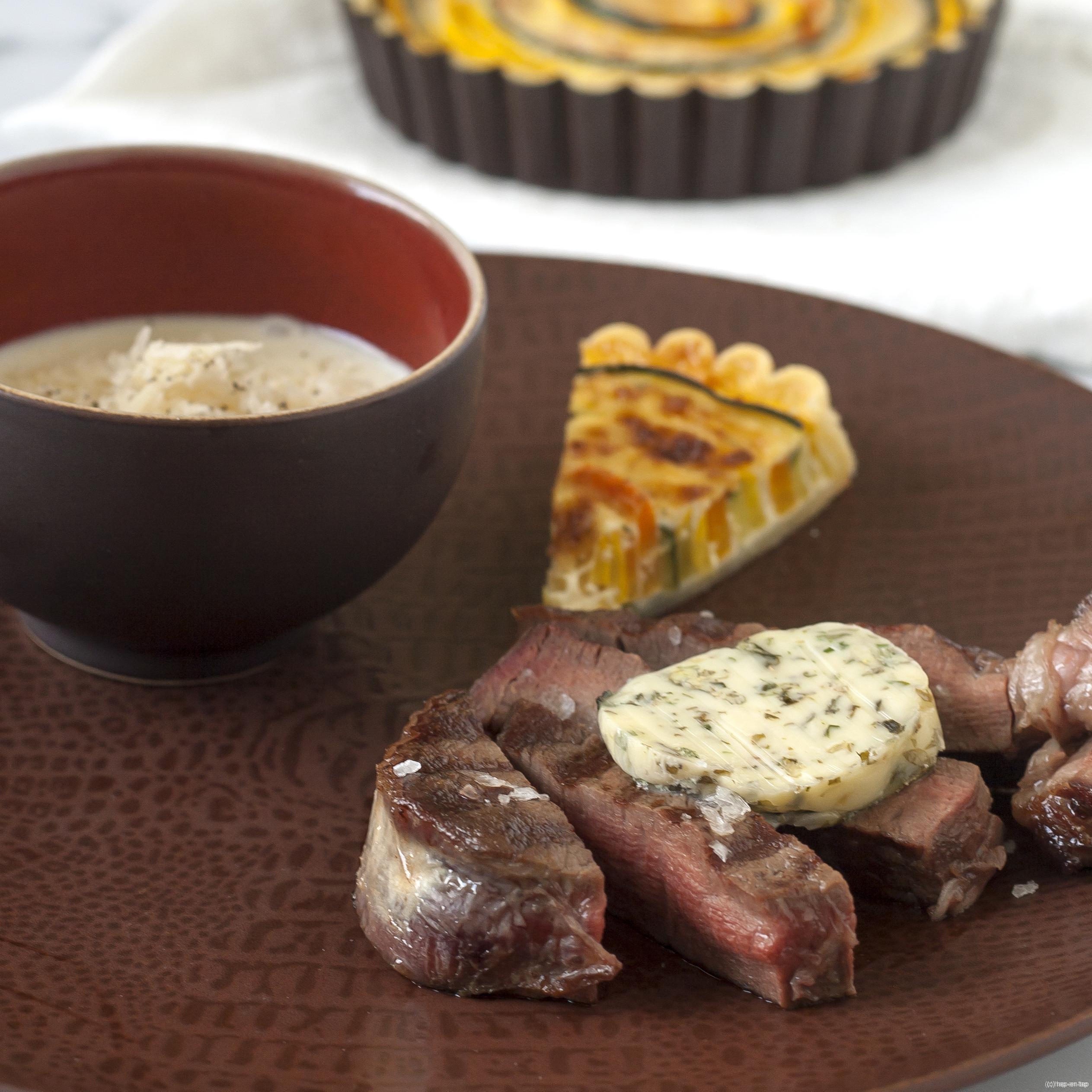 Filet pur van Rubia Gallega, groententaartje, aardappelespuma