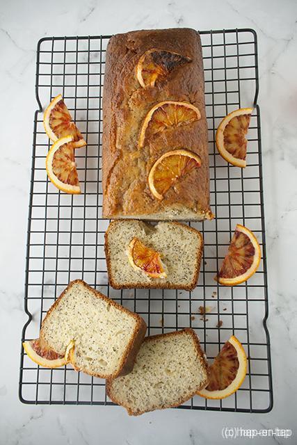 Bloedsinaasappel cake met maanzaadjes