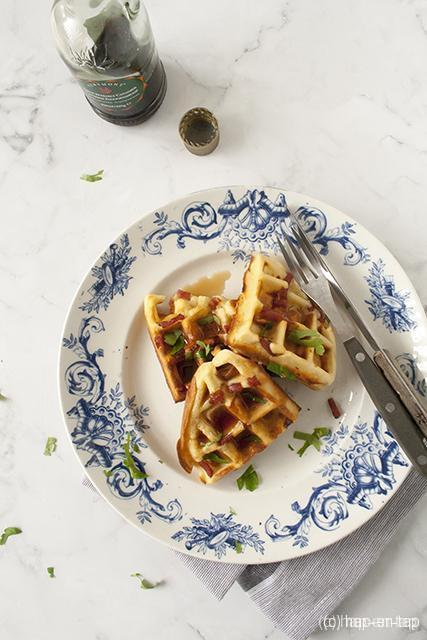 Ontbijtwafels met spek en maple syrup