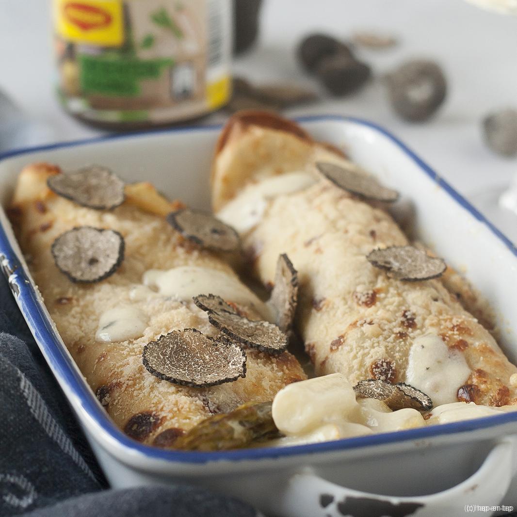 Gegratineerde pannenkoeken met asperges en truffel