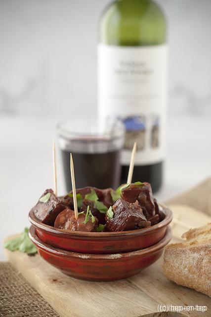 Chorizo al Vino Tinto of chorizo in rode wijn