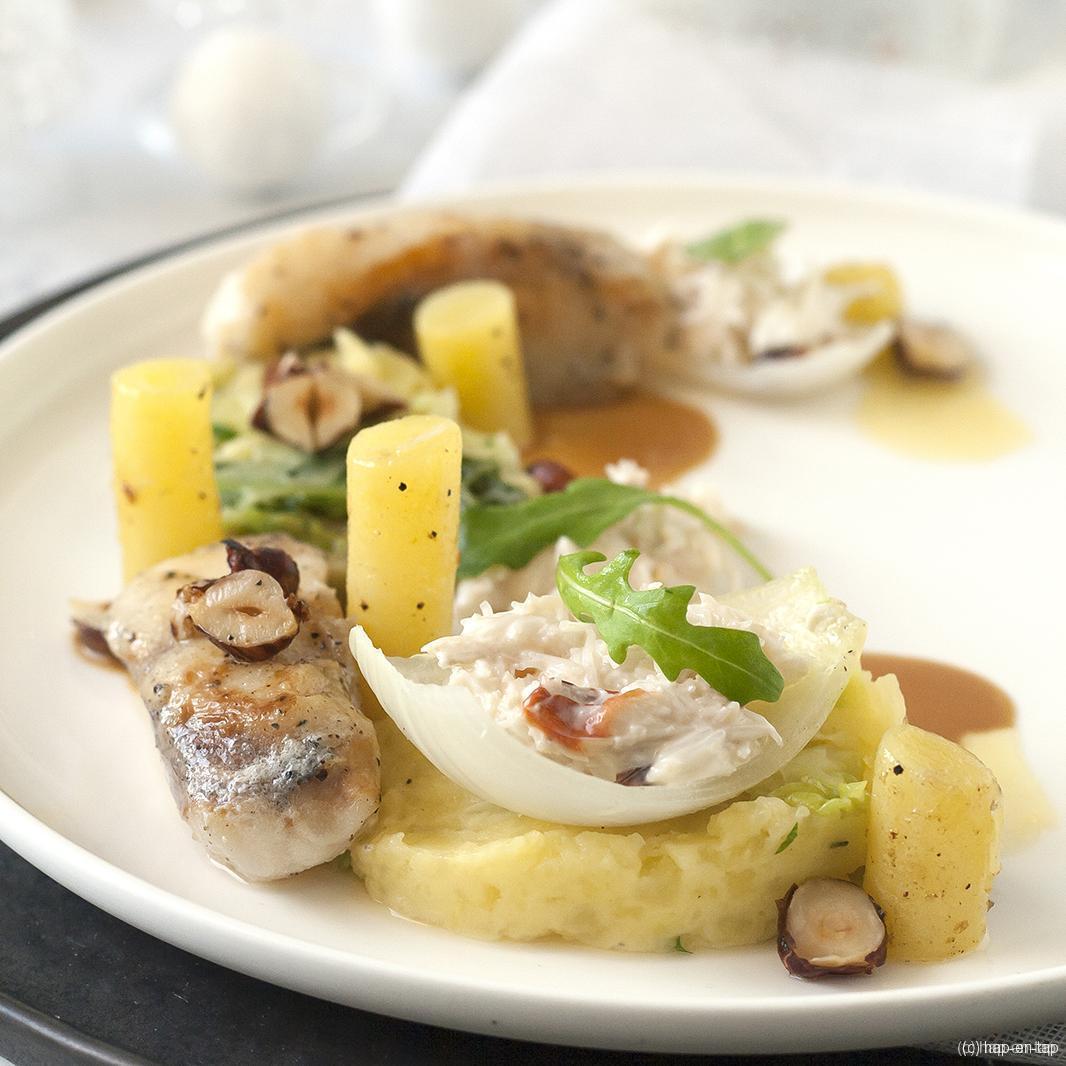 Zeeduivel met stamppot van aardappel en savooikool, krab en hazelnoot