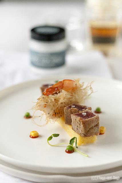 Scampi's met kaitafi en tataki van tonijn