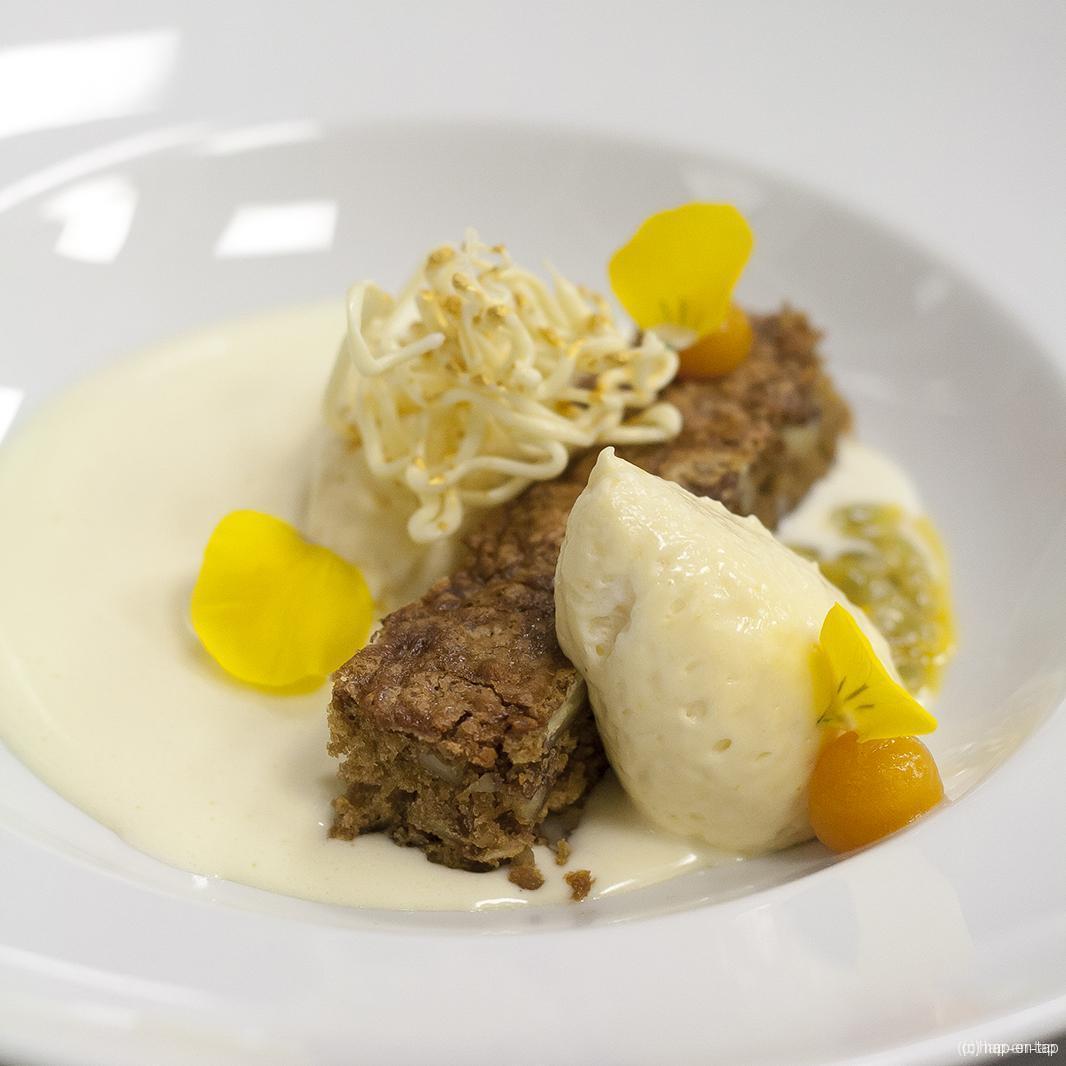 Wooow-dessert met bergamot, abrikoos, pecannoten en gin