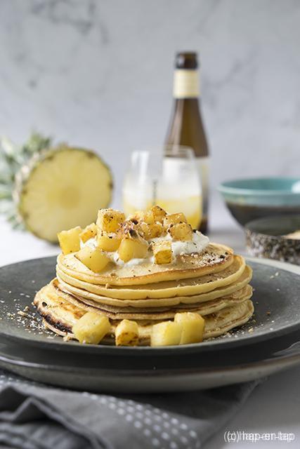 Pancakes met Liefmans Yell'Oh en gekaramelliseerde ananas