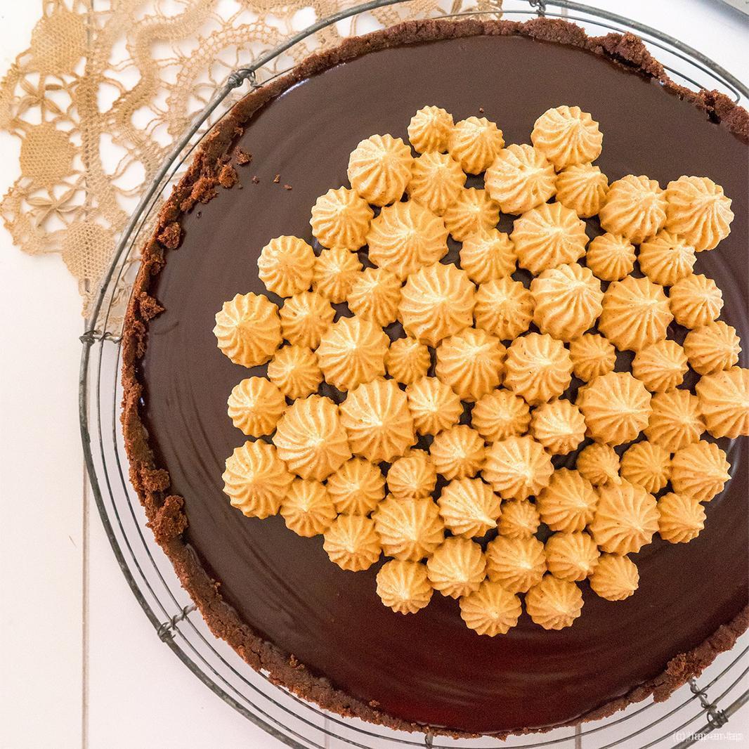 Donkere chocolade pindakaas taart