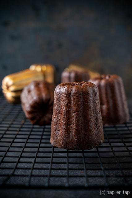 Chocoladecannelés van Donna Hay