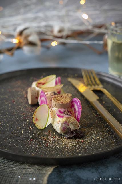 Mousse van gerookte paling, Foie Royale, appel, rode biet