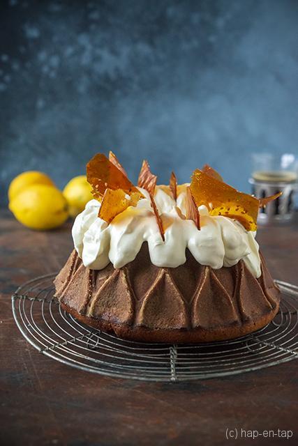 Citroen bundtcake met mascarpone ganache en sesam karamel