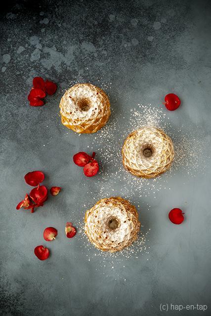 Vanille bundtcakejes met cashew- en pistachenoten