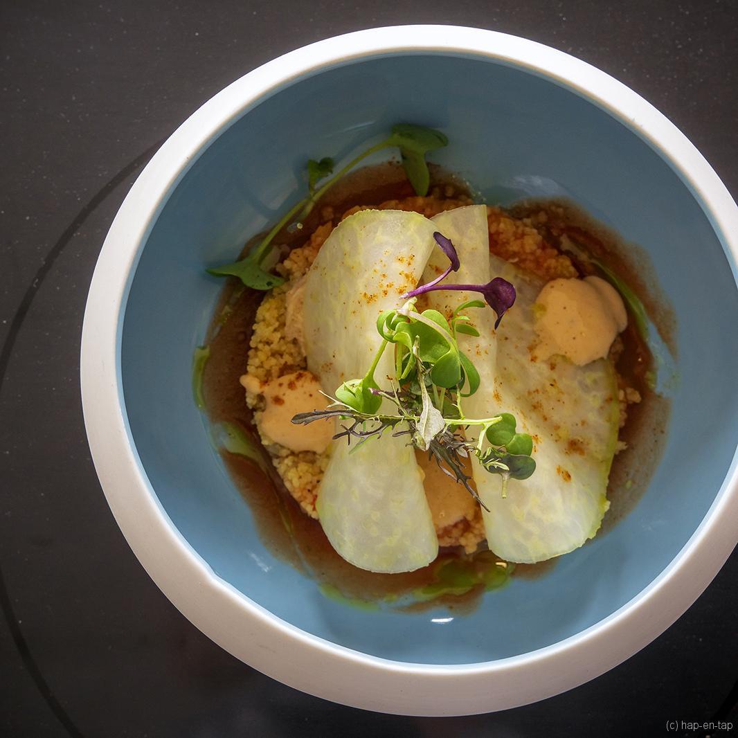 Noordzeekrab, couscous, tomaat, venkel