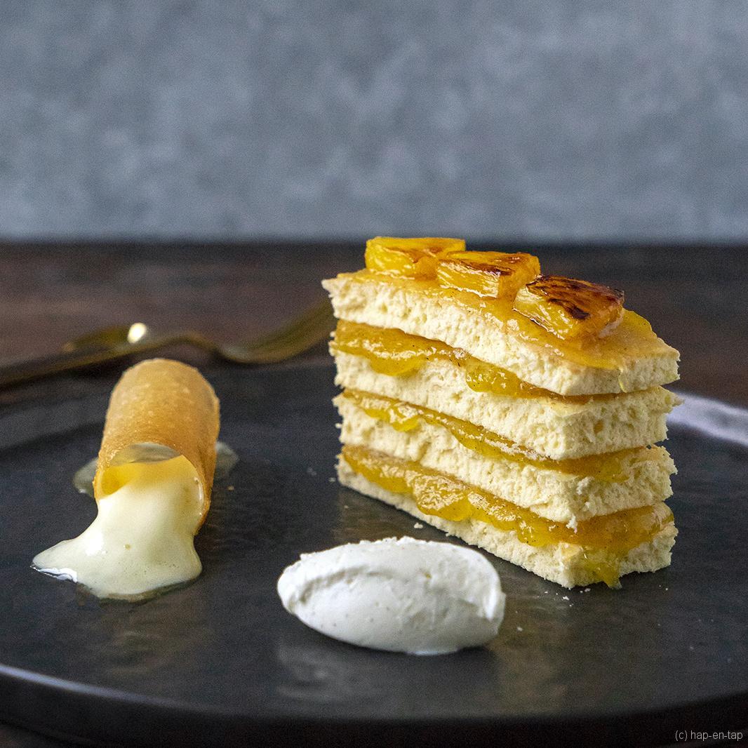 Gebakken ananas, vanillecrème en passievrucht espuma