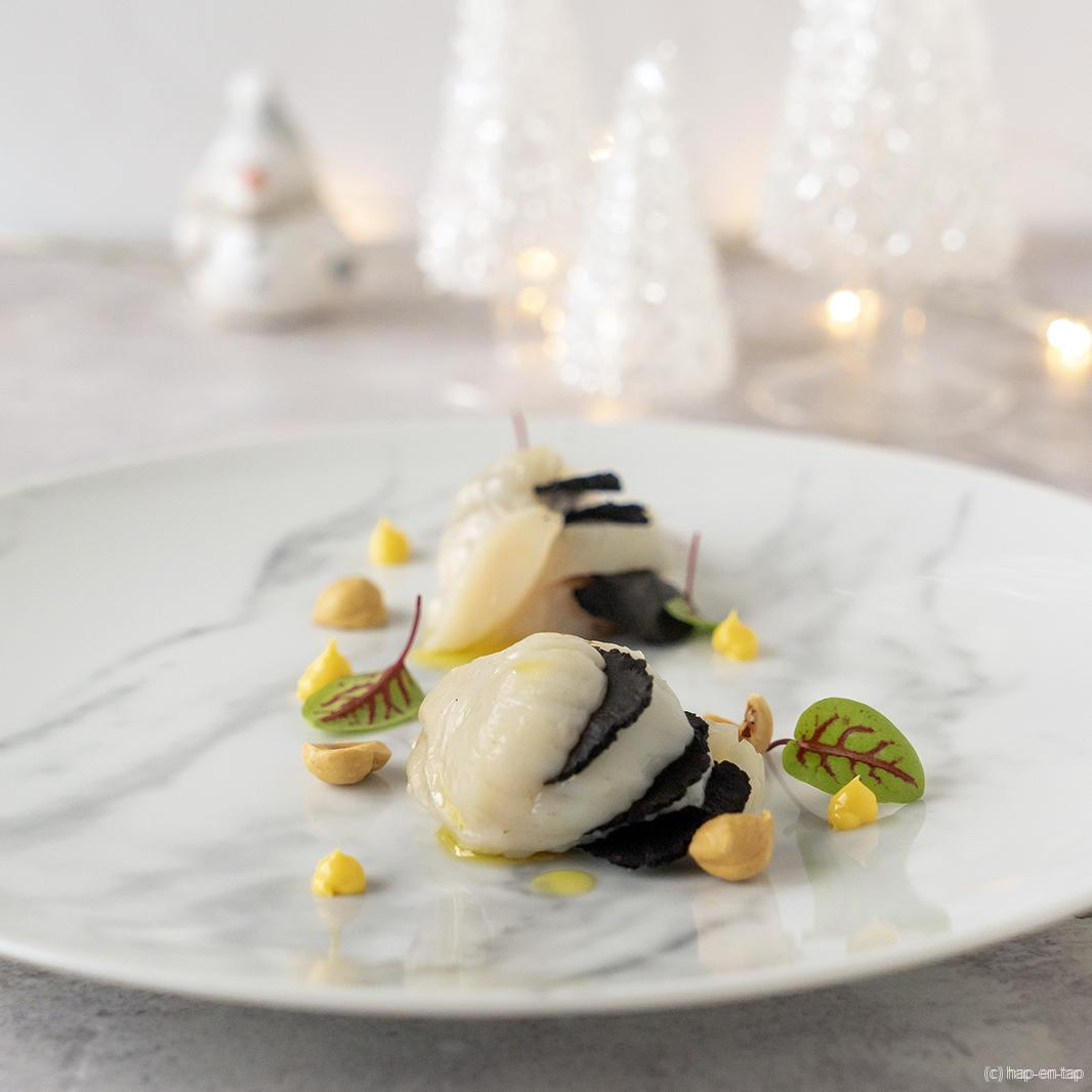 Coquille met truffel, gerookte eiercrème