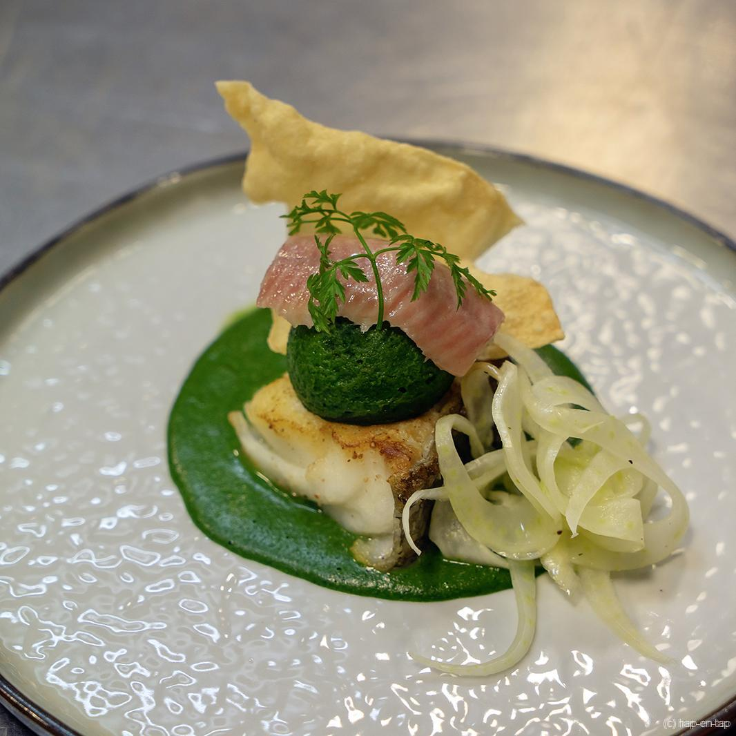 Kabeljauw in 't groen, spinazieflan, gerookte paling
