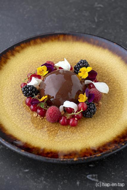 Chocolademousse met braambessensaus