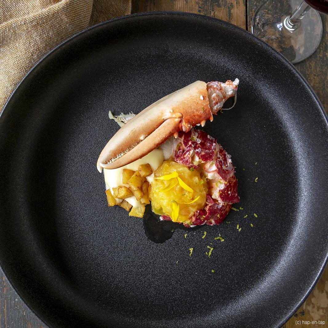 Bretoense kreeft met aardappelespuma en pruimencompote