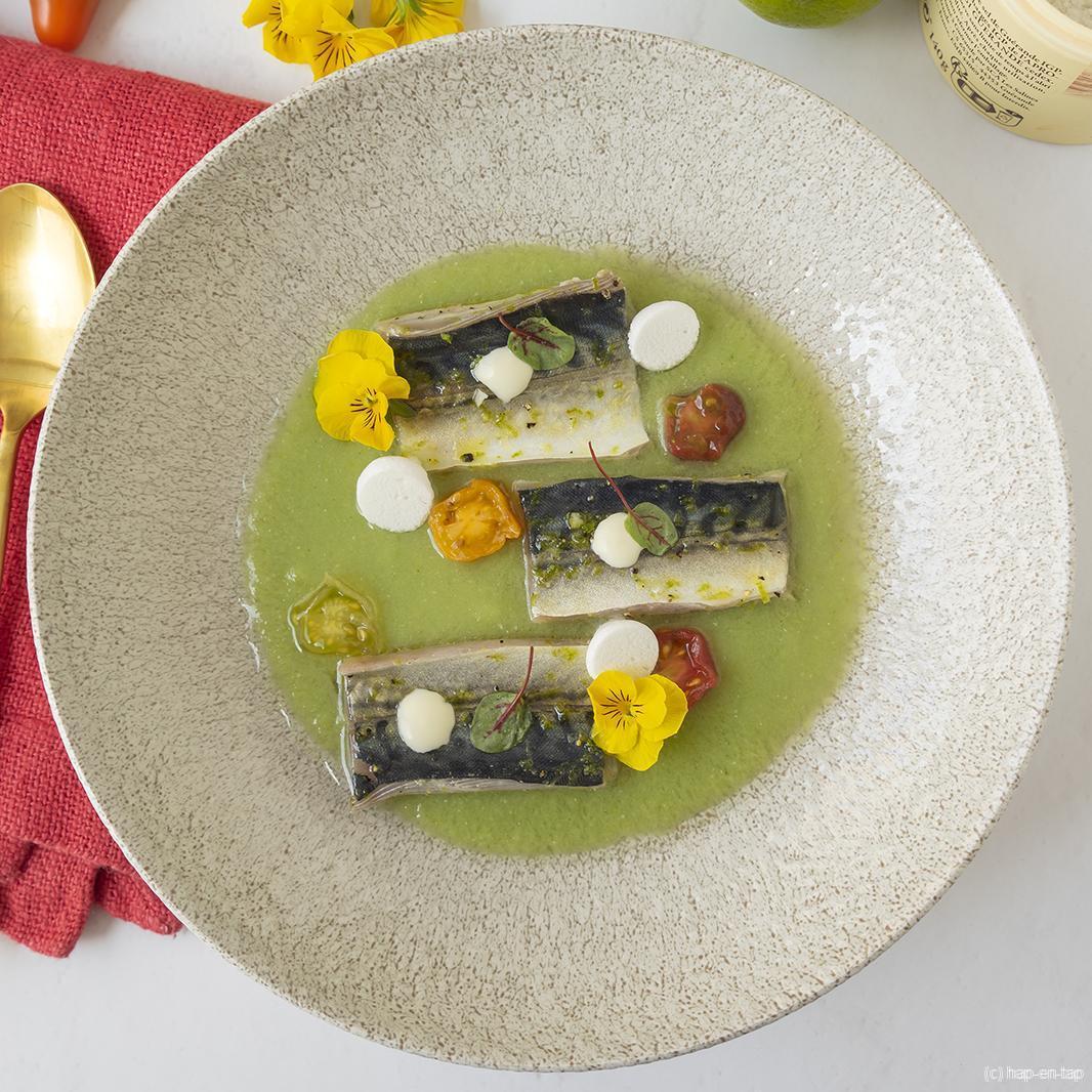 Gebrande makreel met gazpacho van groene tomaat