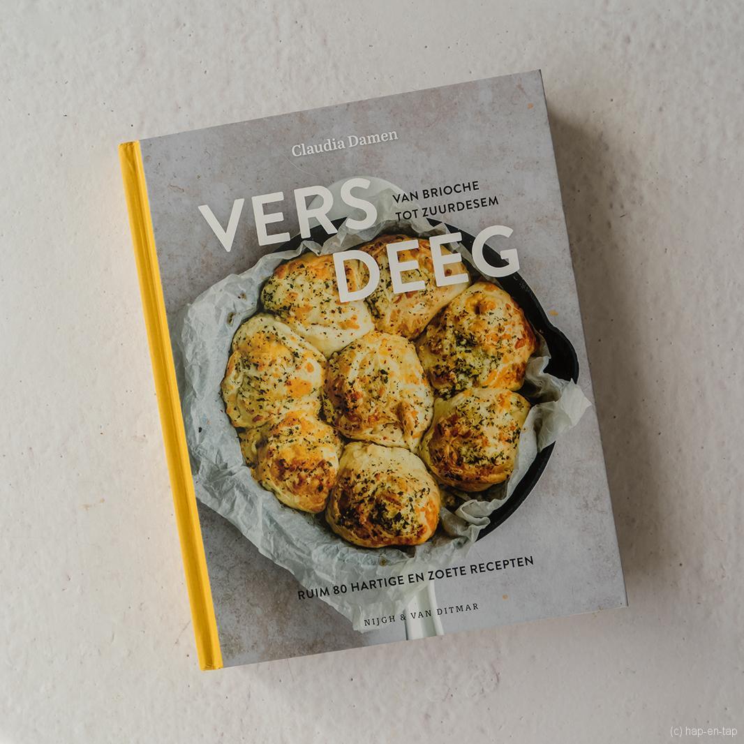 Claudia Damen, Vers Deeg