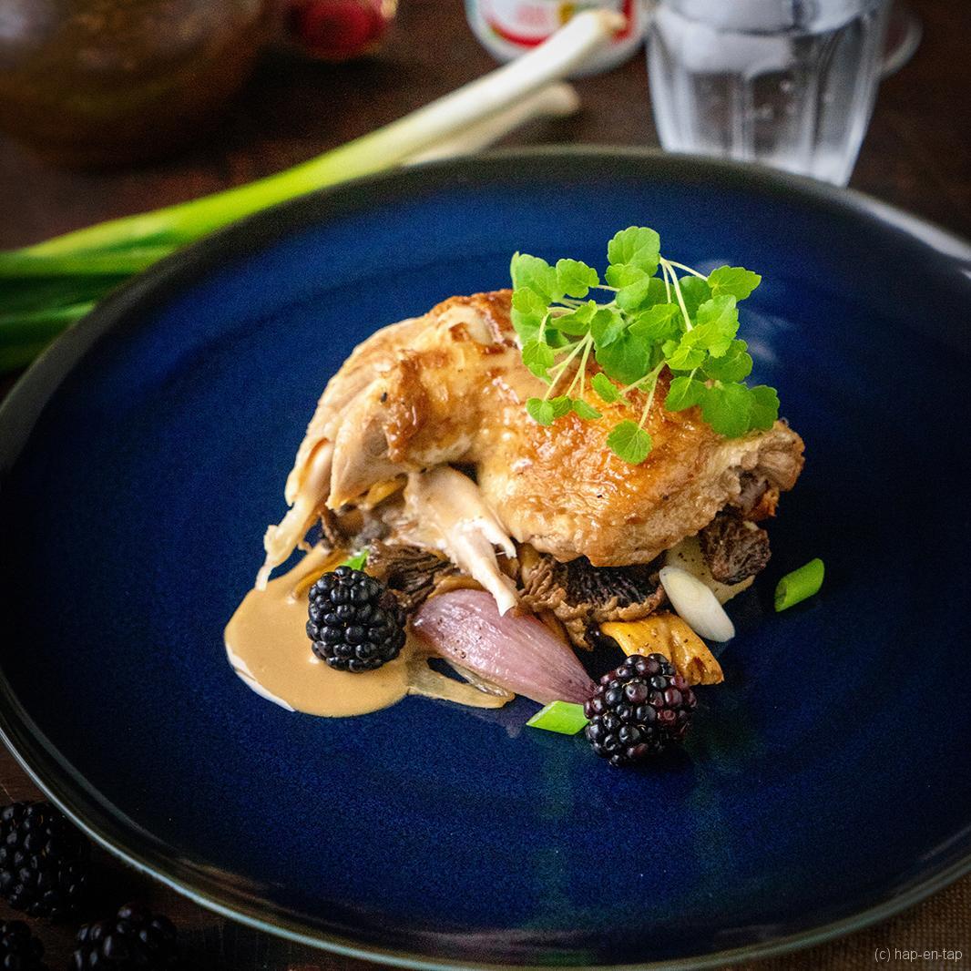 Kip en cantharellen met champagne soja saus