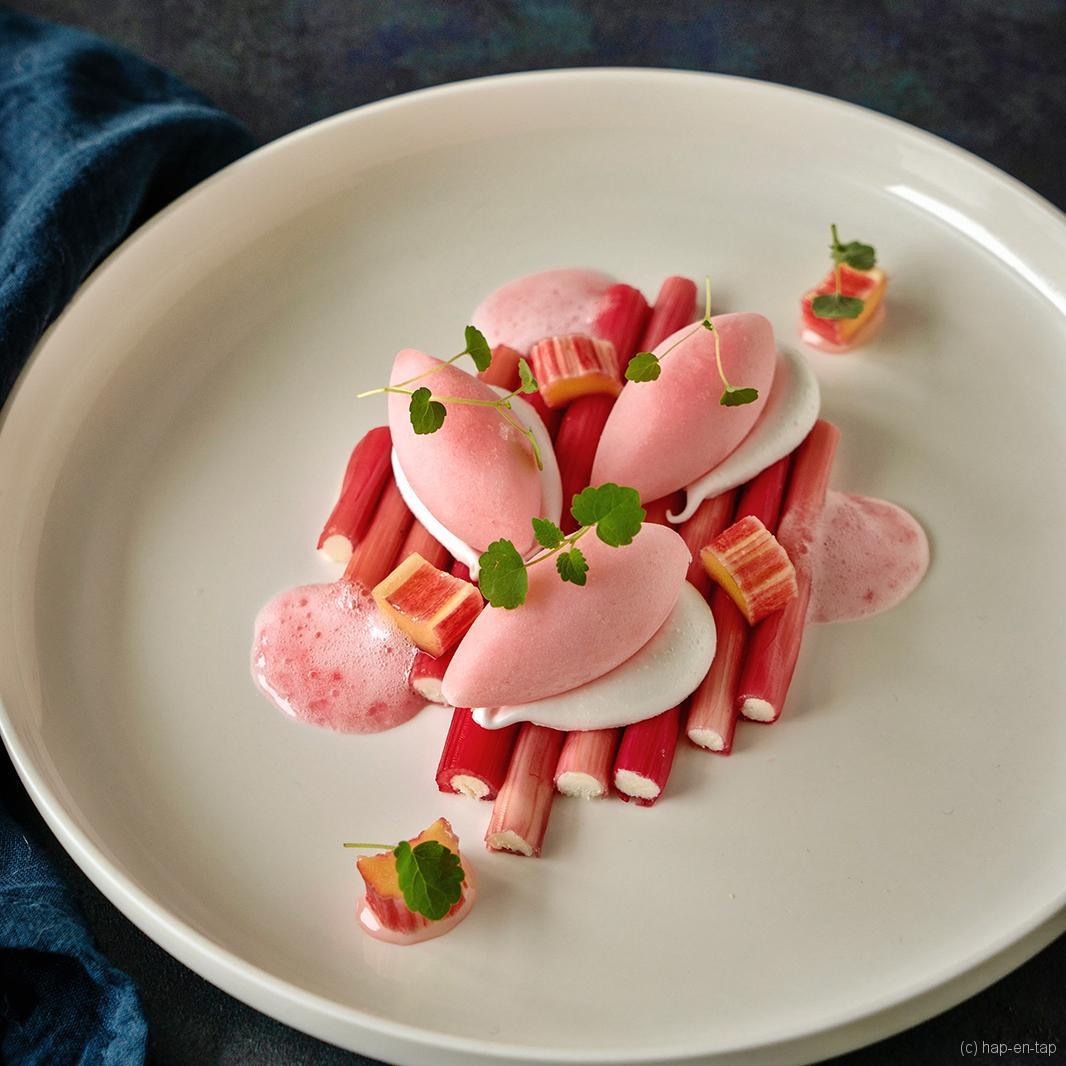 Razendlekker rabarber dessert